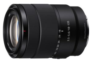 Представлен объектив Sony E 18-135mm F3.5-5.6 OSS за $600″