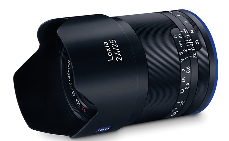Photo of Zeiss Loxia 2.4