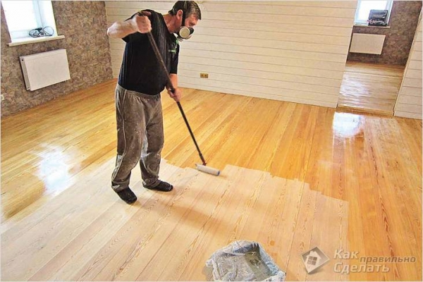Чем покрасить деревянный пол в доме, на даче - покраска пола