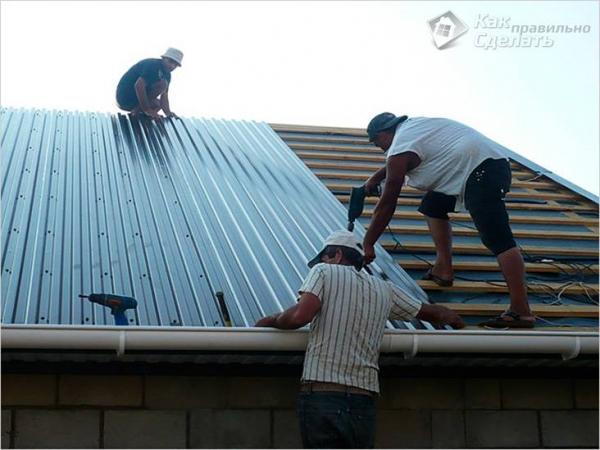 Как покрыть крышу железом - монтаж металлической кровли + фото